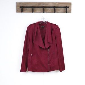 DG2 fuchsia jacket smooth vevety texture